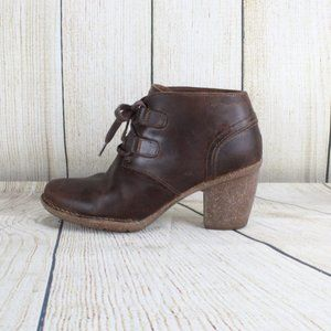 Clarks Heeled Lace up Leather Ankle Boots Artisan